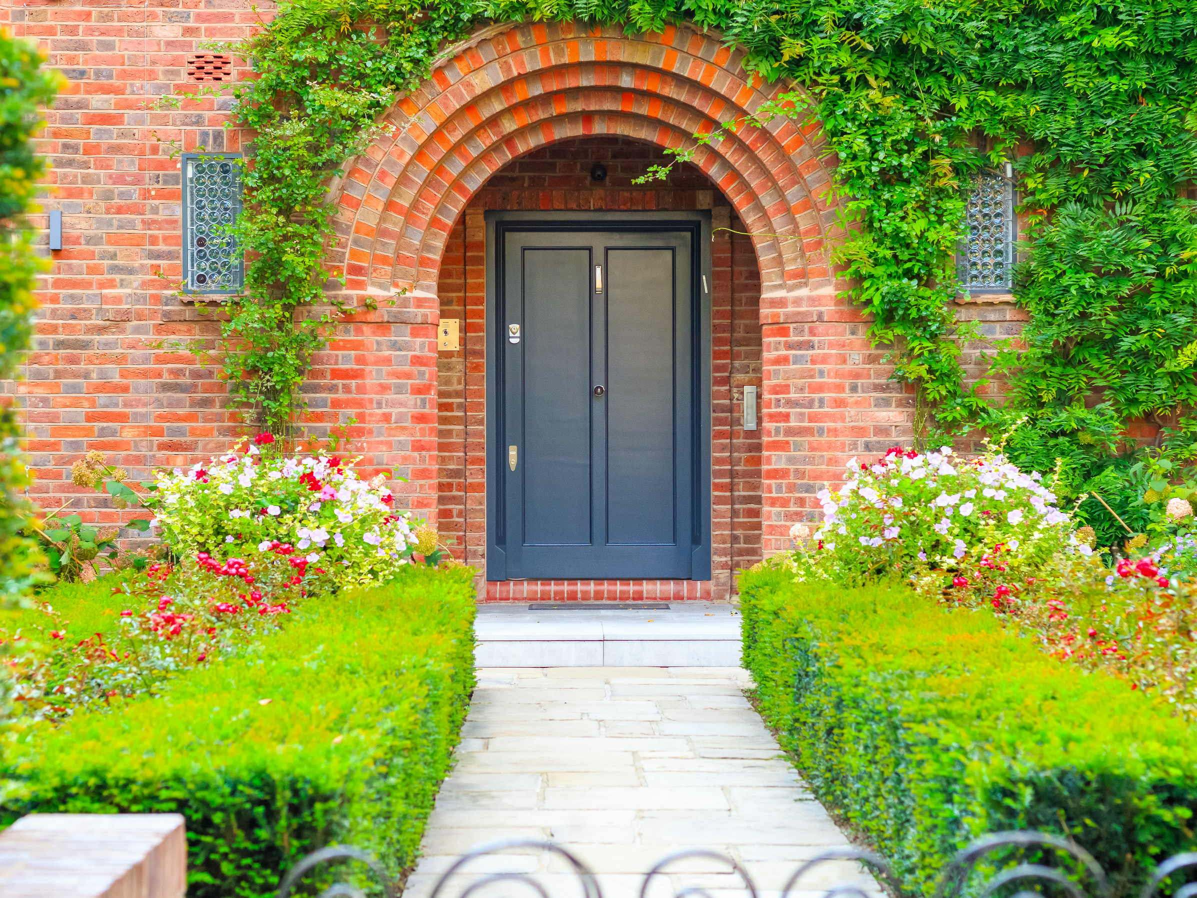 Front garden ideas to get inspired